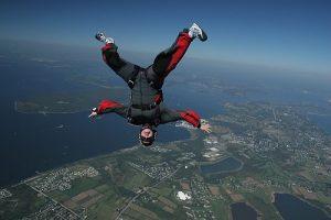 parachutisme dangereux
